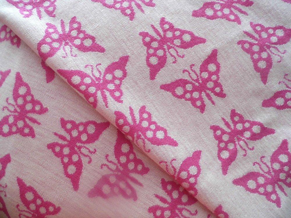 růžoví motýlci 210 g/m2